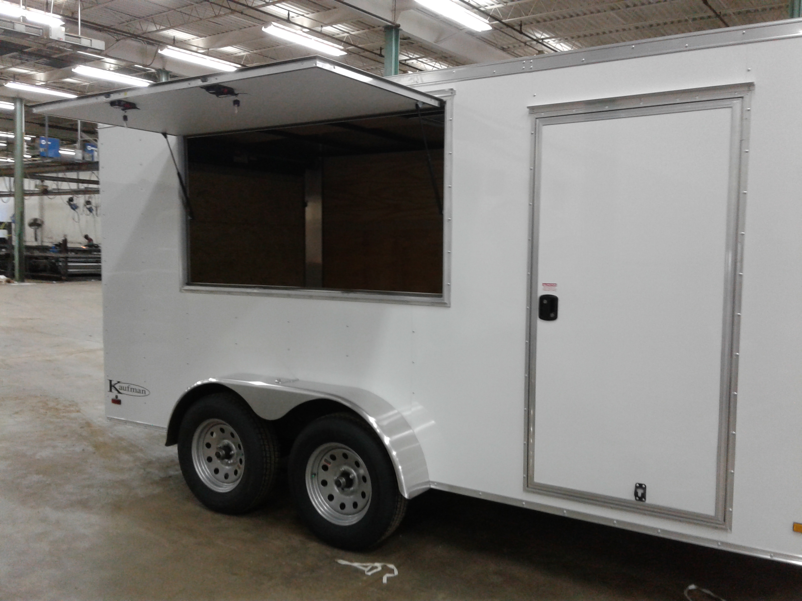 Tandem Enclosed Trailers For Sale By Kaufman Trailers